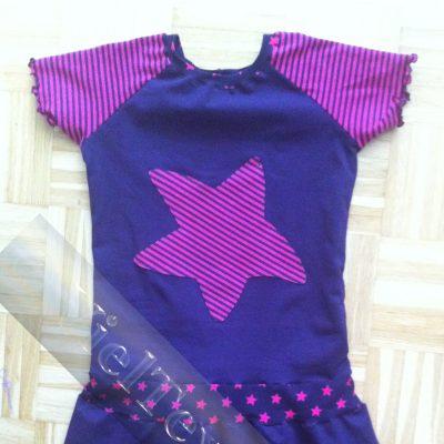Reglan-Kleid mit Stern