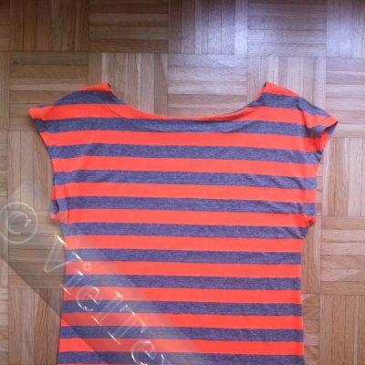 Ueberschnittenes Shirt